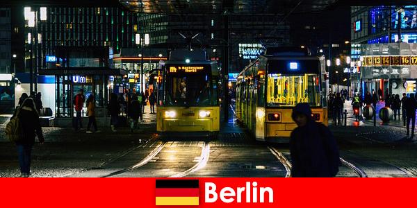 Prostitusi di Berlin dengan Hot Escort pelacur dari yang kehidupan malam