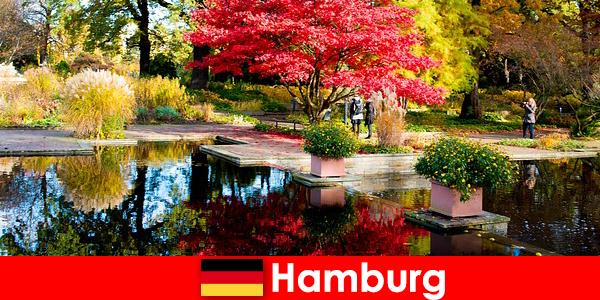 Hamburg kota pelabuhan dengan taman besar untuk liburan santai