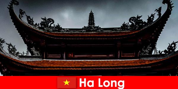 Ha long disebut kota budaya di antara orang asing