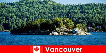 Untuk turis asing beristirahat dan membenamkan diri dalam lanskap alam Vancouver yang indah di Kanada