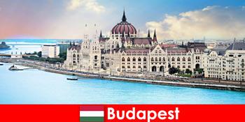 Kota Budapest yang indah dengan banyak pemandangan untuk wisatawan