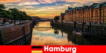 Keindahan arsitektur dan hiburan untuk istirahat sejenak di Hamburg Jerman