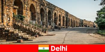 Tur pribadi berpemandu ke kota Delhi India untuk wisatawan budaya yang tertarik