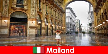 Perjalanan Eropa ke gedung opera dan teater terkenal di Milan Italia